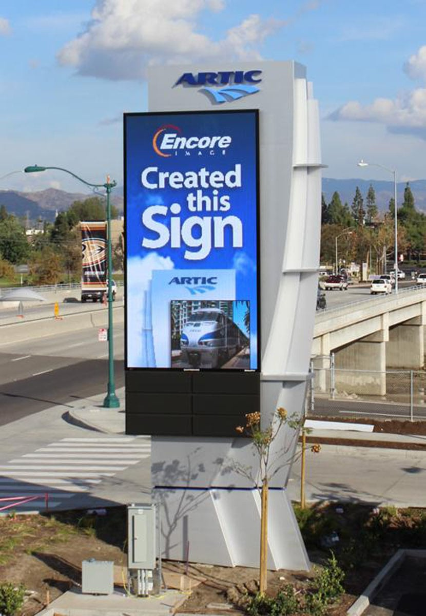 Electronic Message Boards Los Angeles Ca Encore Image